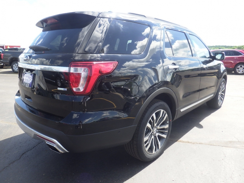 2016 ford explorer platinum for lease with ewald ewald 39 s hartford ford. Black Bedroom Furniture Sets. Home Design Ideas