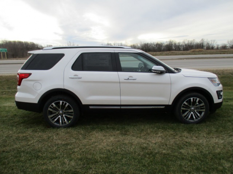 ford explorer lease with ewald auto in wi ewald 39 s hartford ford. Black Bedroom Furniture Sets. Home Design Ideas