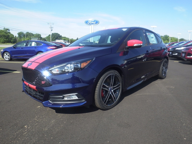 2016 ford focus st for sale with ewald ewald 39 s hartford ford. Black Bedroom Furniture Sets. Home Design Ideas