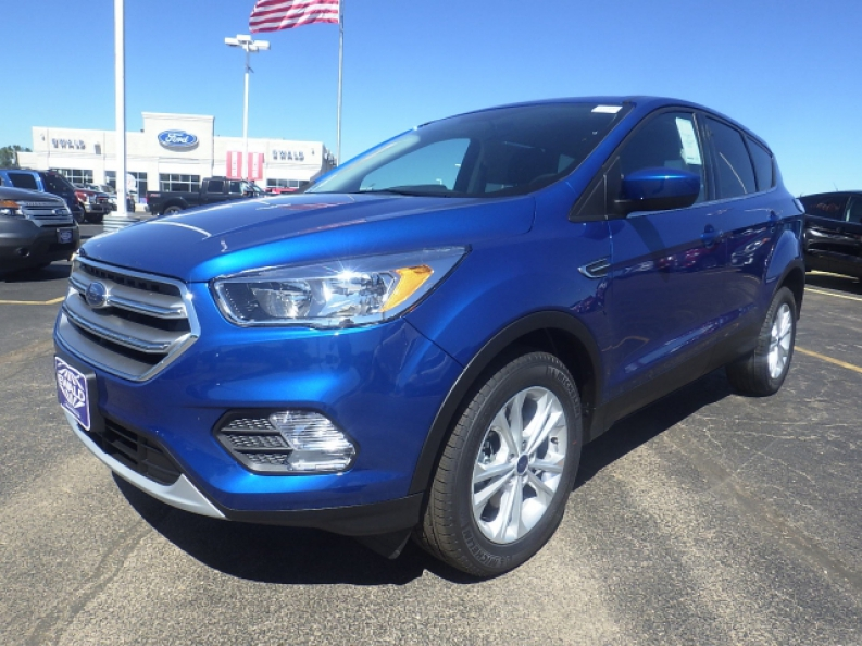 Ford Dealership Franklin >> 2017 Ford Escape For Lease With Ewald | Ewald's Hartford Ford