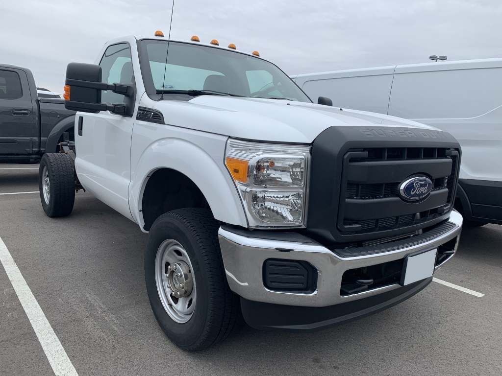 Used White 2012 Ford Super Duty F-350 SRW stk# A10756A
