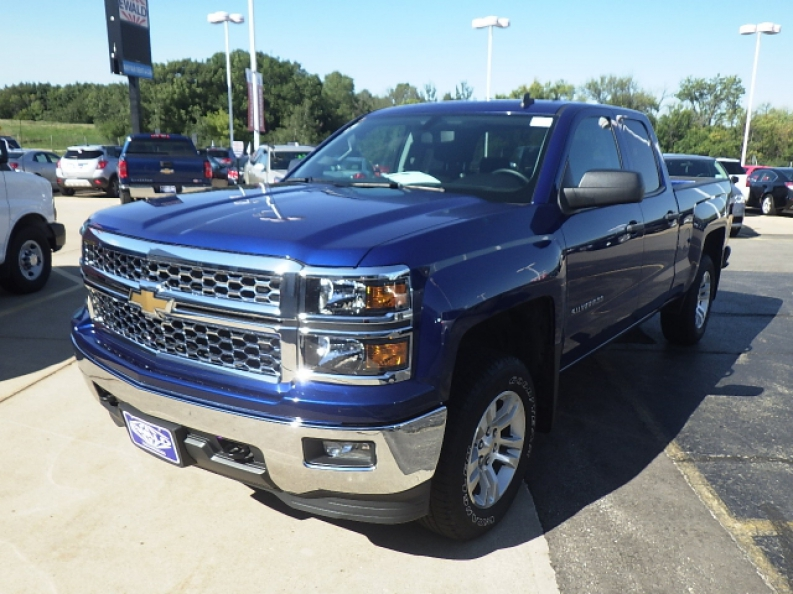 Used Chevy Trucks For Sale In Milwaukee | Ewald Chevrolet ...