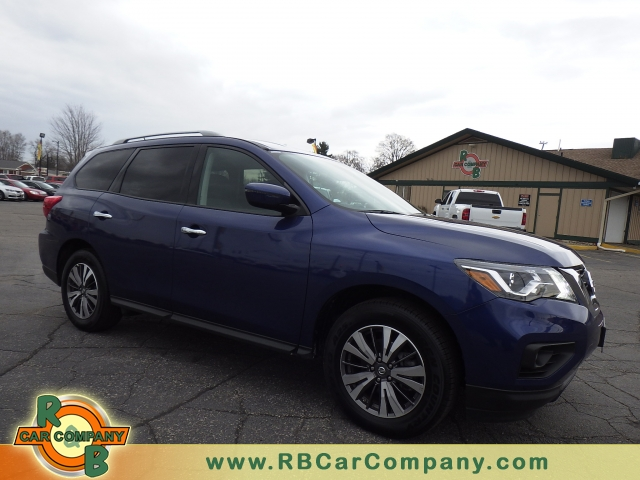 2016 Nissan Rogue SV FWD, 25682, Photo 1