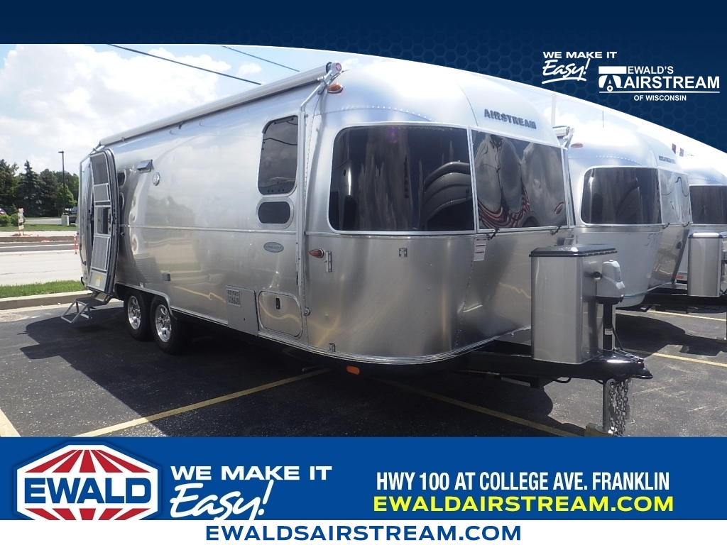 2018 Airstream Flying Cloud 25FB, AT18041, Photo 1