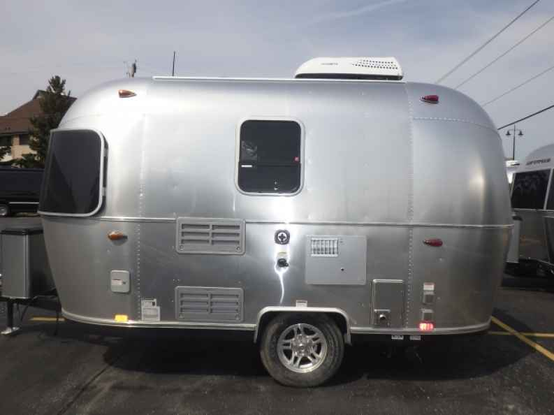 airstream bambi camper for sale at ewald ewald airstream. Black Bedroom Furniture Sets. Home Design Ideas