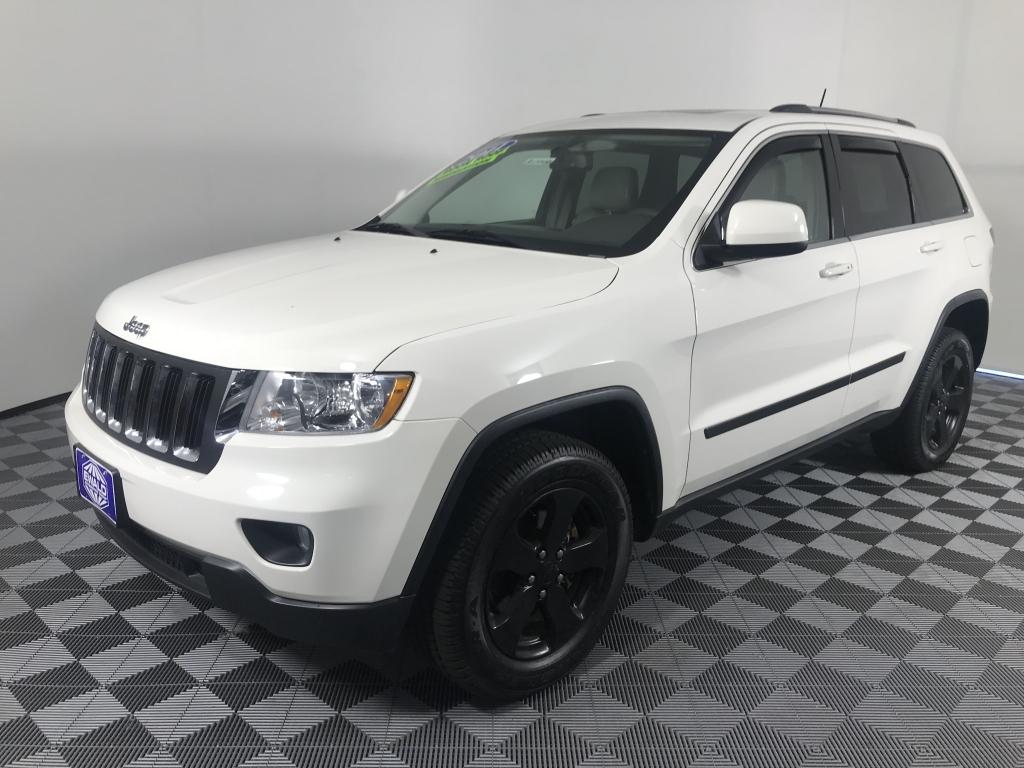 White Jeep Cherokee >> Used Jeep Grand Cherokee Ewald Automotive Group