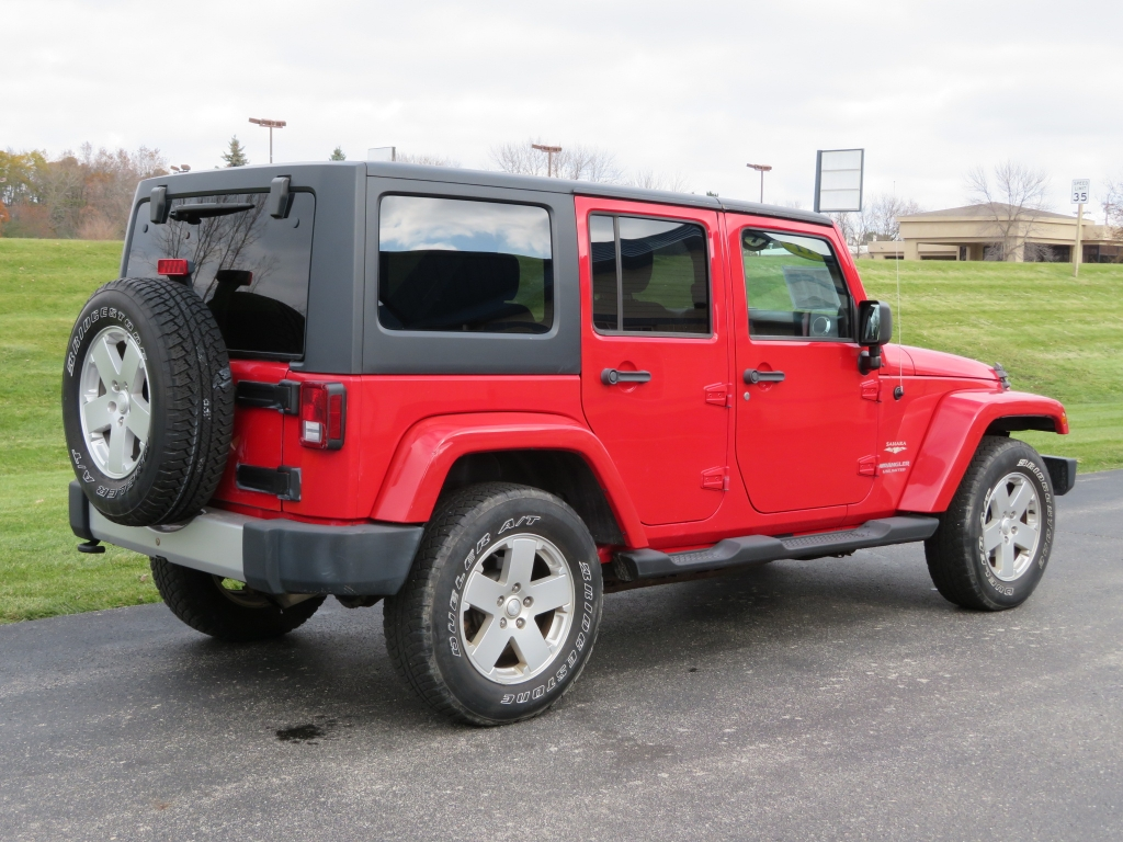 Jeep Dealer Milwaukee Wisconsin | Ewald Automotive Group