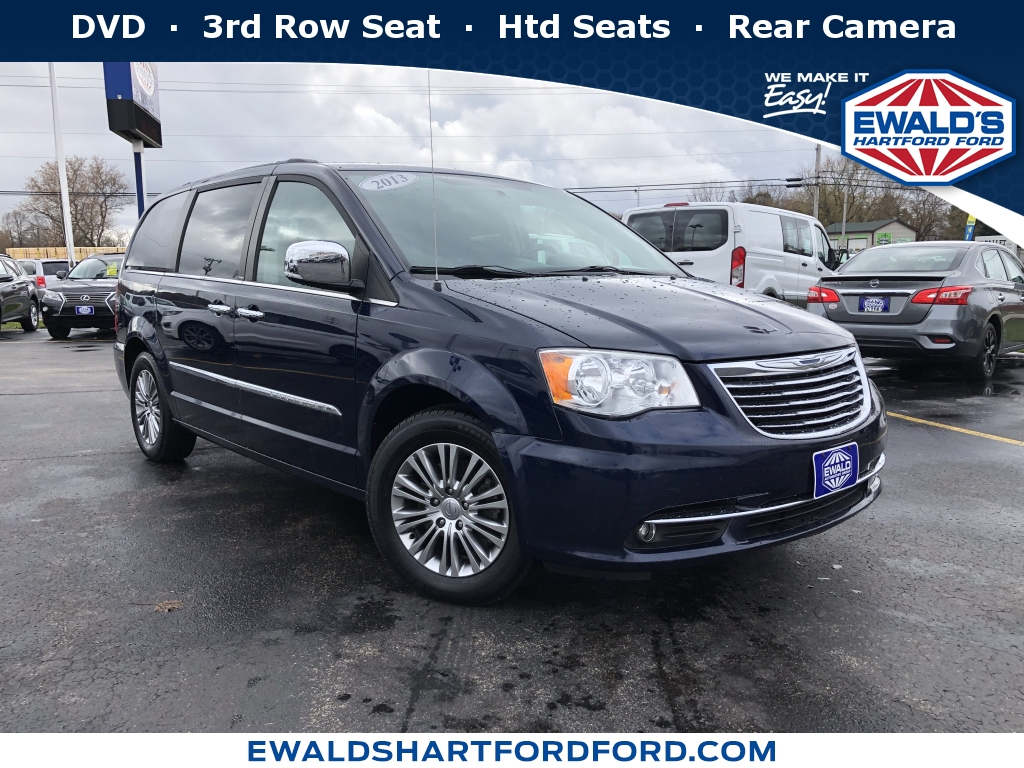 2016 Chrysler Town & Country Touring-L Anniversary Edition, H56271A, Photo 1