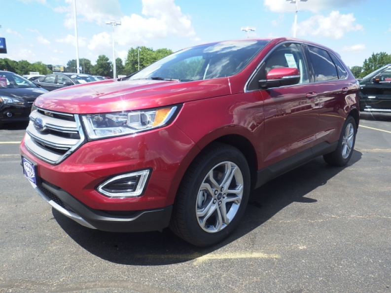 If You Need New Ford Suv Models For Sale Or Lease Then A Great Place To Shop At Is Ewalds Hartford Ford In Hartford Wi Ewalds Hartford Ford In Hartford