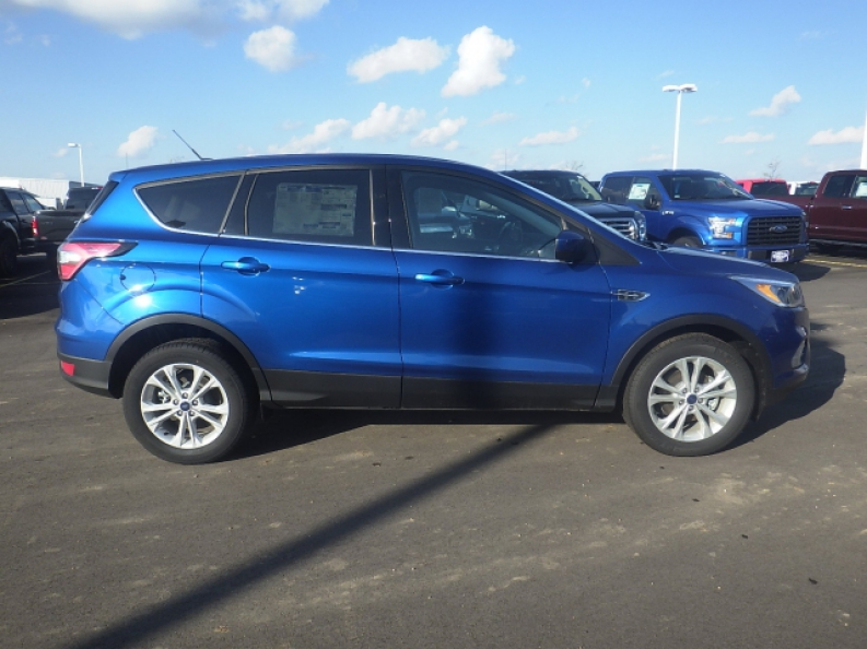 Dodge Car Dealerships Near Me >> Ford Escape Brown Deer, WI, Local Car Dealerships Near Me, Financing Auto Loans | Ewald's ...