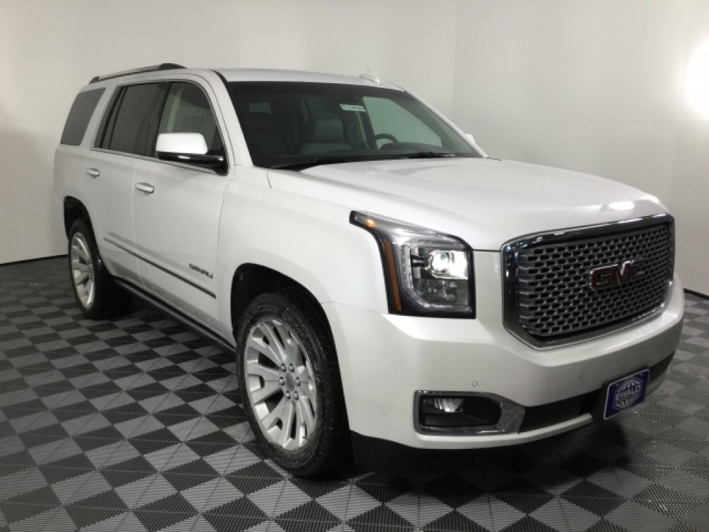2016 Cadillac Escalade ESV Premium Collection, P16061A, Photo 1