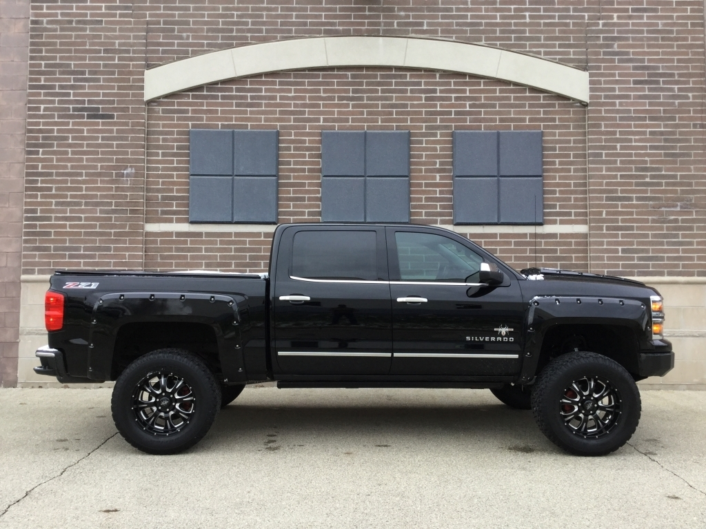 Lifted Chevy Trucks >> Chevy Silverado Lifted Trucks Ewald Chevrolet Buick