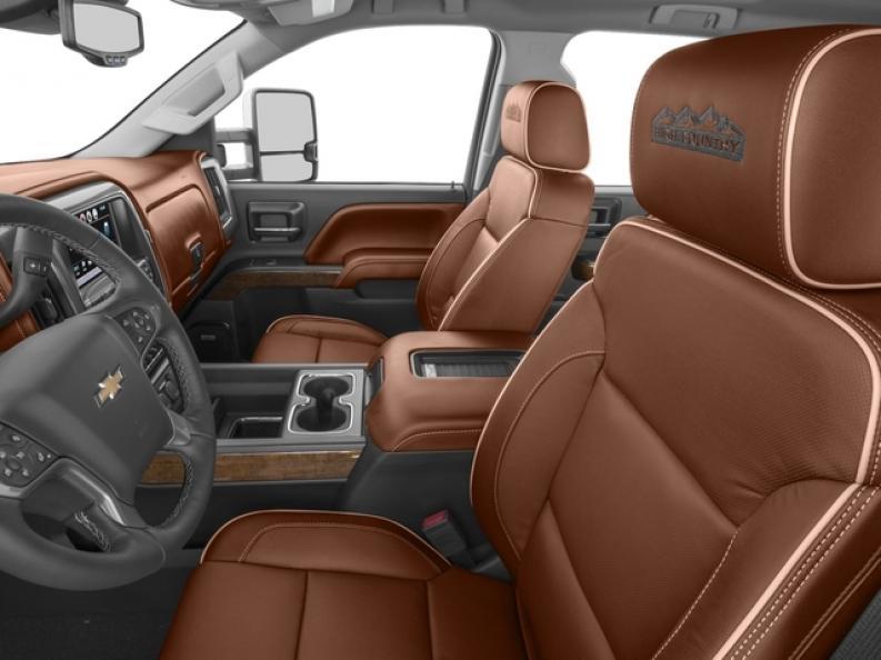 2019 Chevrolet Silverado 1500 High Country Interior ...