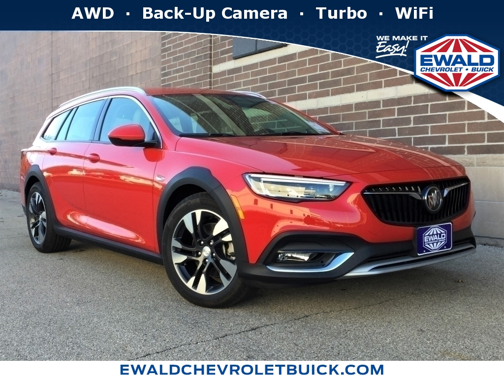2019 Buick Regal TourX Essence, 19B37, Photo 1