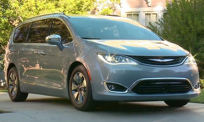 Chrysler Pacifica Pricing Shorewood WI Car Dealership Near Me - Chrysler dealer near me