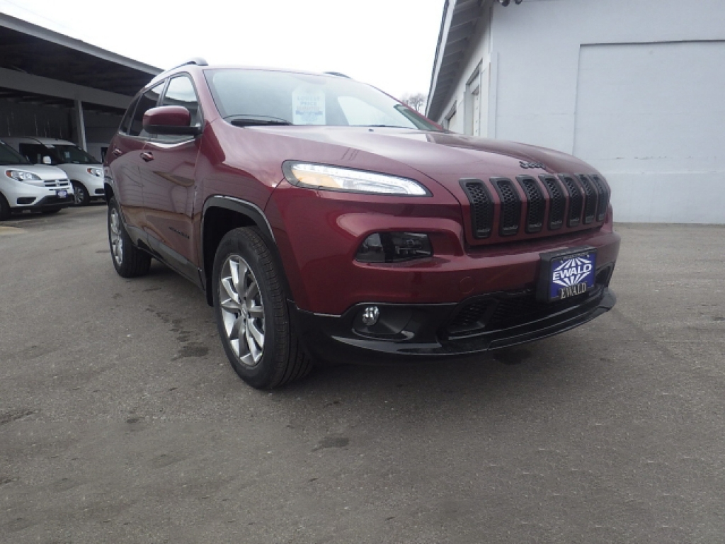 2018 Jeep Cherokee Latitude, JJ202, Photo 1