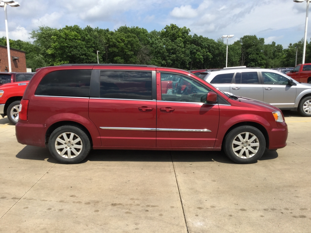 Used Minivans At Milwaukee Car Dealerships Ewald Cjdr