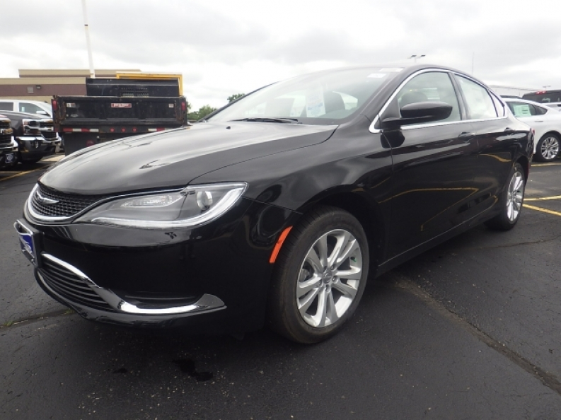 Chrysler 200 Lease >> Try Out Our New Chrysler 200 For Lease With Ewald Ewald Cjdr