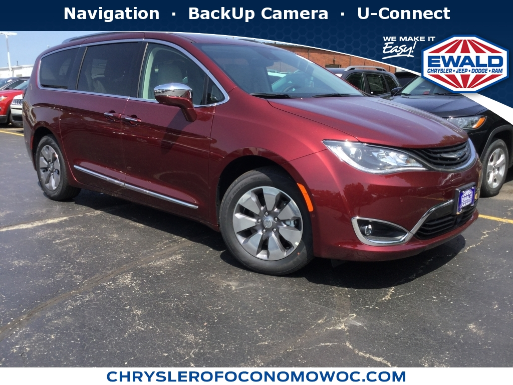 2018 Chrysler Pacifica Touring L, C18D96, Photo 1