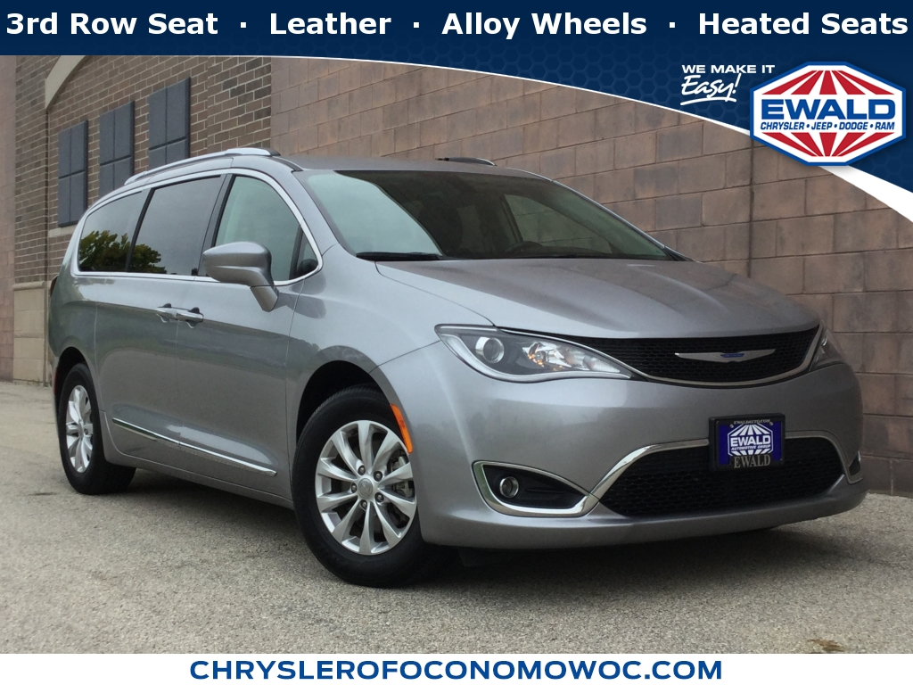 2018 Chrysler Pacifica Touring L, CN1688, Photo 1