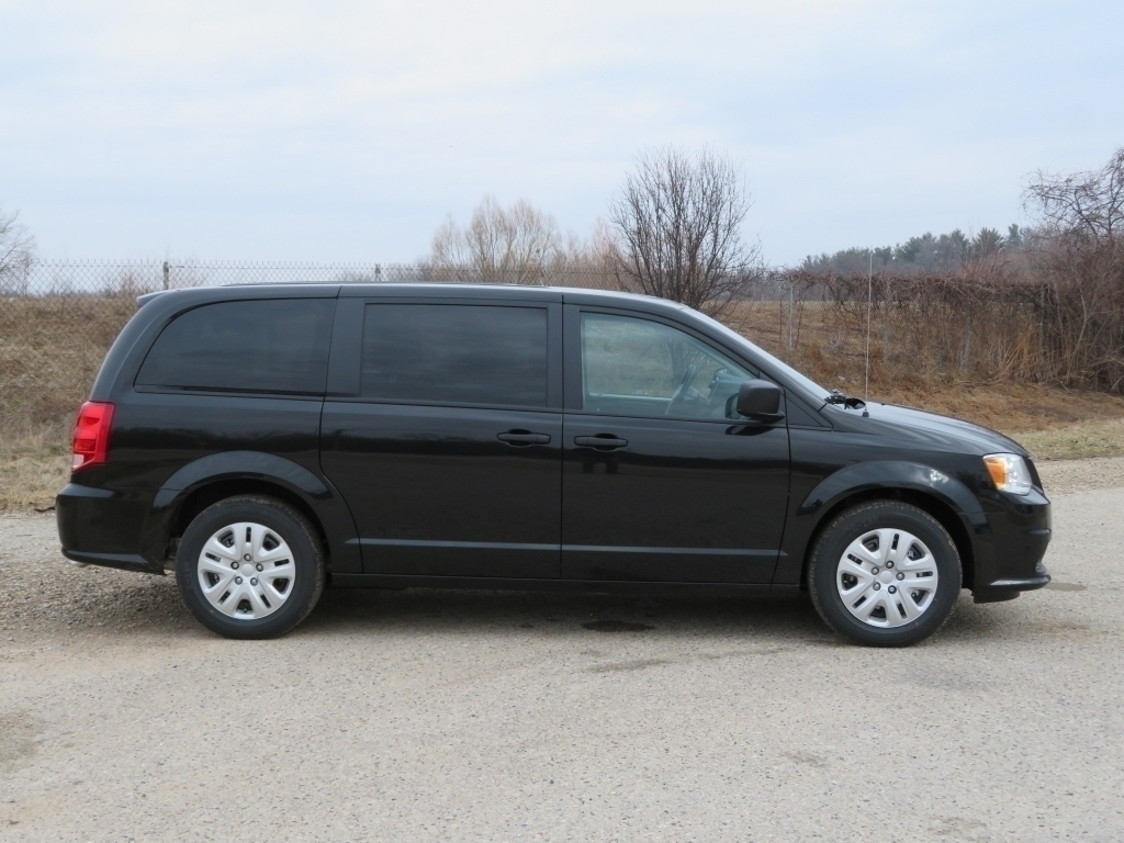 new black 2020 dodge grand caravan stk# d20d293 | ewald cjdr