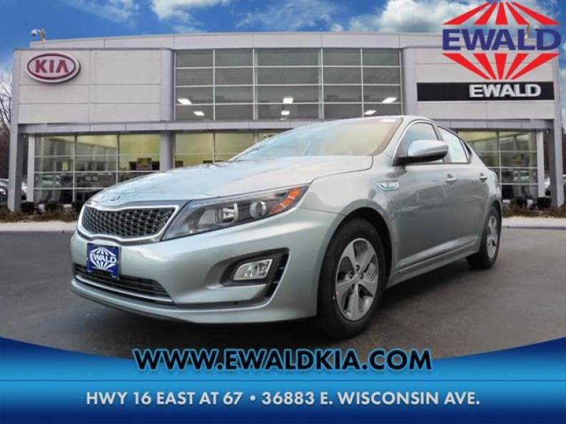 Come On By Ewald Kia Located At 36883 E Wisconsin Ave Oconomowoc Wi 53066 Today To Check Out Our Optimas For Lease And Find The Best You