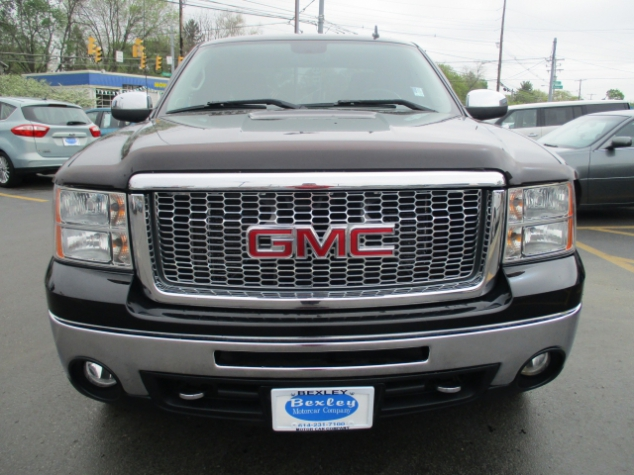 Used Trucks For Sale In Ohio >> The Used Gmc Sierra Truck For Sale In Ohio Bexley Motorcar Co