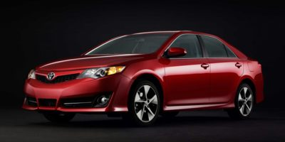 2014 Toyota Camry SE FWD, 429519, Photo 1