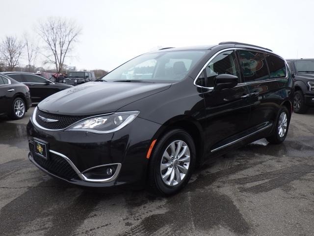 Minivans For Sale >> Used Chrysler Minivan For Sale Rb Car Company