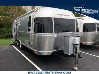 Used, 2017 Airstream Flying Cloud 25FB, Silver, CON9956-1