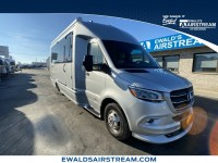 Used, 2021 AIRSTREAM ATLAS TOMMY BAHAMA, Silver, CON78179-1