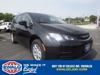 Used, 2017 Chrysler Pacifica Touring, Black, NA52863-1