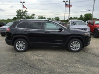 New, 2019 Jeep Cherokee Latitude, Black, C19J31-1