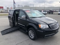 Used, 2013 Chrysler Town & Country Touring-L w/ Braunability Side Entry Con, Black, M19019-1