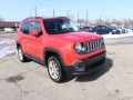 2015 Jeep Renegade Latitude AWD, B39911, Photo 2