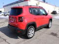 2015 Jeep Renegade Latitude AWD, B39911, Photo 4