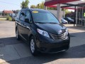 2015 Toyota Sienna LE 7-Passenger Auto Access, 588881, Photo 2