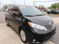 2015 Toyota Sienna XLE 8-Passenger, 689414, Photo 2
