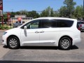 2017 Chrysler Pacifica Touring-L, 576632, Photo 5