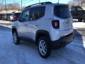 2017 Jeep Renegade Latitude 4WD, F46570, Photo 6