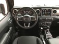 2018 Jeep Wrangler Unlimited Sahara, 19B2A, Photo 4