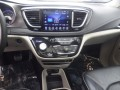 2017 Chrysler Pacifica Limited, DP53458, Photo 22
