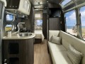 2019 Airstream International Signature 23FB, AT19042, Photo 48