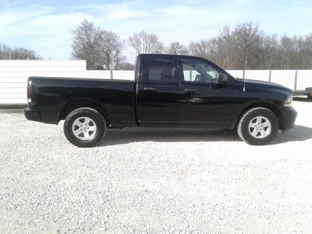 used ram trucks for sale in terre haute in terre haute auto. Black Bedroom Furniture Sets. Home Design Ideas